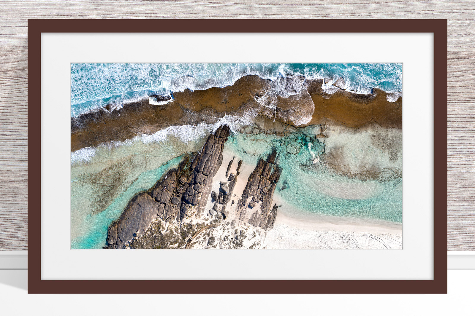 010 - Jason Mazur - '11 Mile Beach, Esperance' Dark Frame