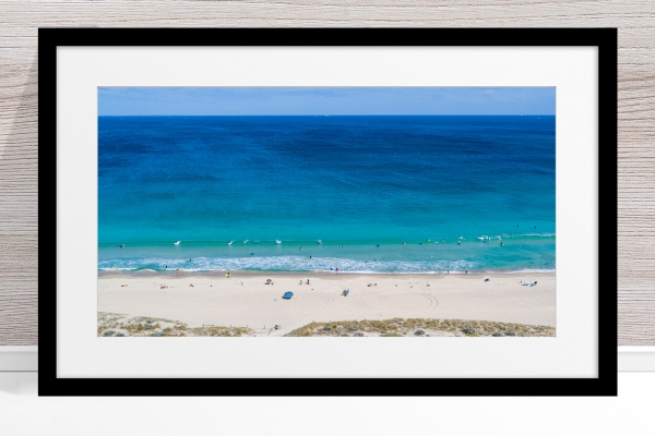 Jason Mazur - 'Scarborough Beach 0702' Black Frame