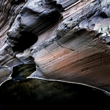 Descent, Hamersley Gorge, Karijini NP